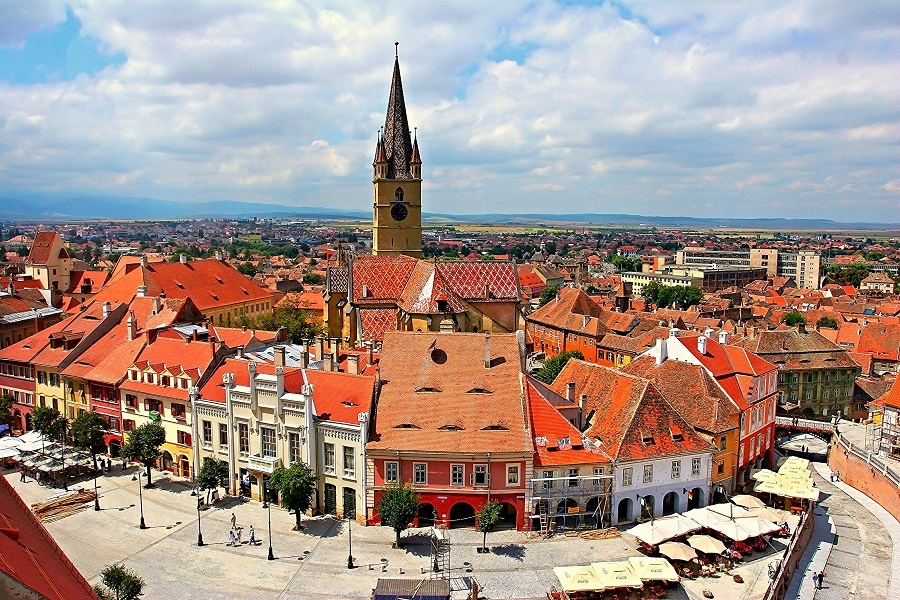 6 Reasons why you should visit Romania in your next Holiday