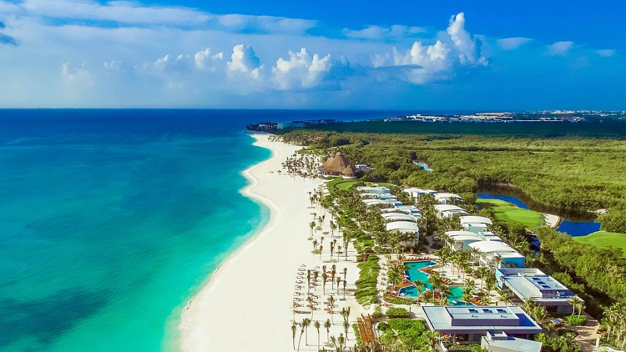 Travelling without leaving an ecological footprint: Riviera Maya