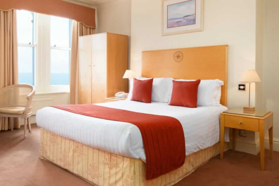 What To Consider When Choosing A Hotel Llandudno