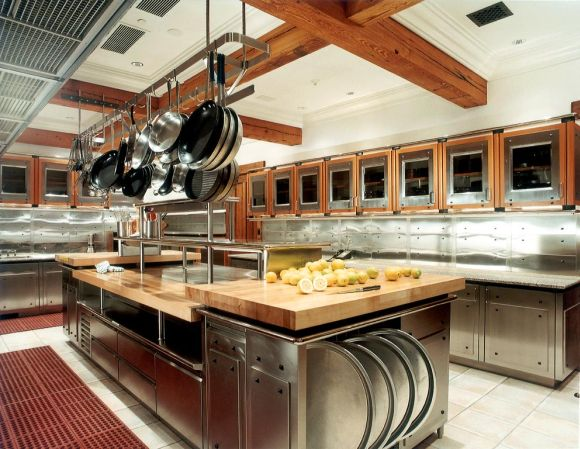 Is a Small Kitchen Design Enough for Hotels and Inns?